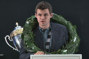 Carlsen said thankyou to his hosts, family, helpers, cook and doctor in a speech where you could hear he had a sore throat. Photo ©